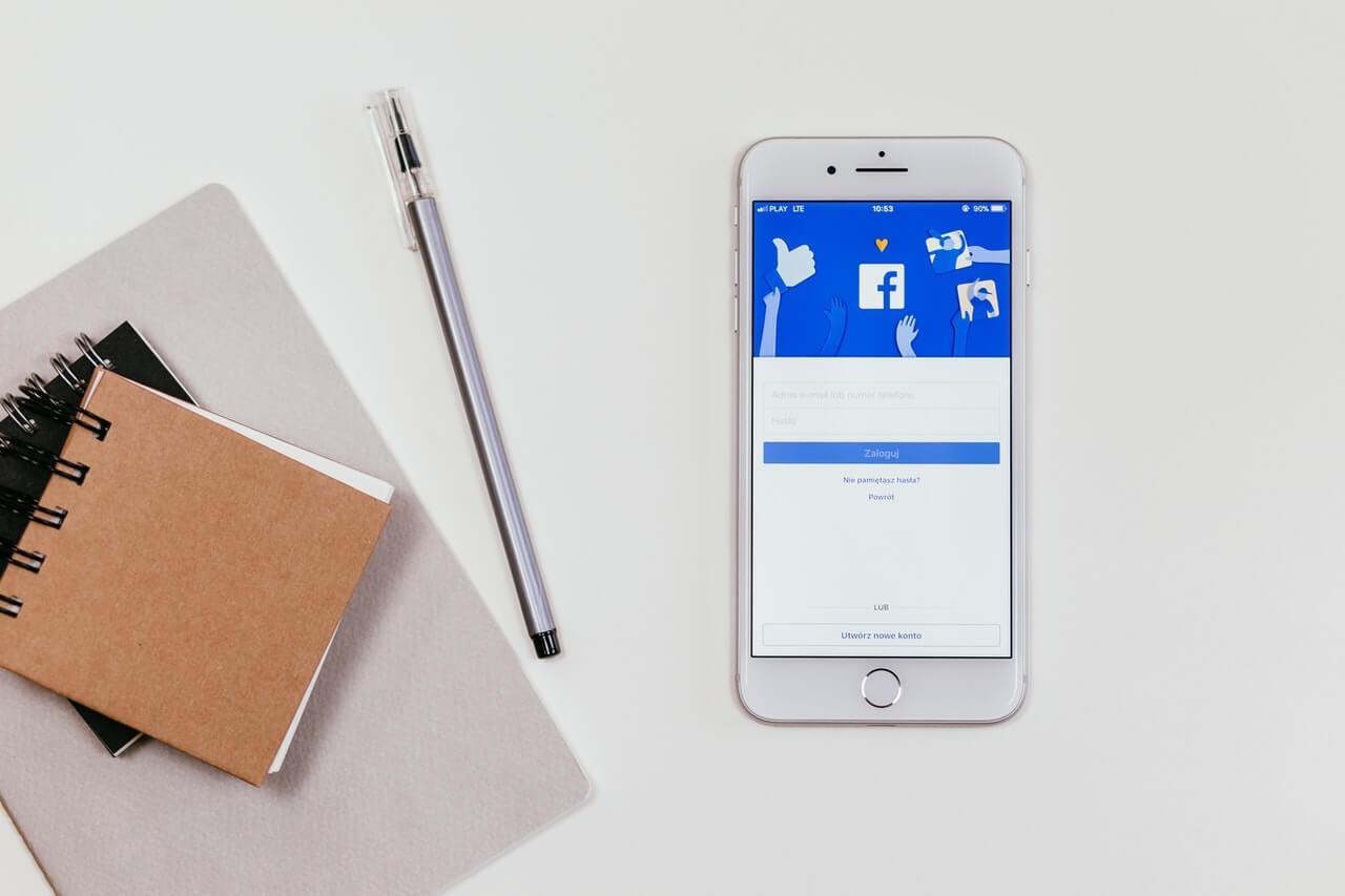 Domeinnaam verkopen via social media